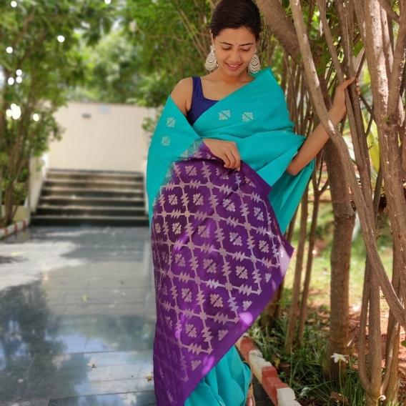 Cyan Blue Kanjiivaram Saree with Silver Zari Motifs