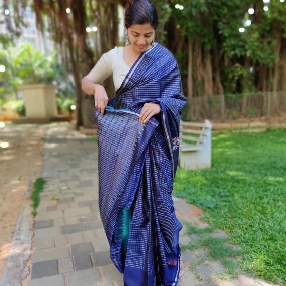 Navyblue Kanchivaram Silk Saree with Silver Zari Checks and Zari Motifs